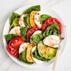 Heirloom Tomato Basil Caprese Salad Recipe