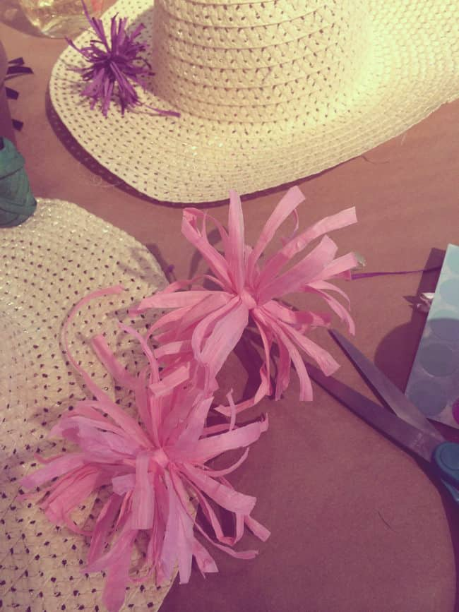 DIY Straw Hats Pom Poms | Hello Glow