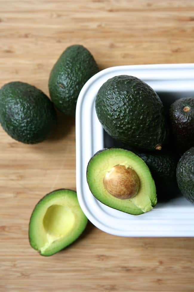 4 DIY Avocado Beauty Recipes | Hello Glow