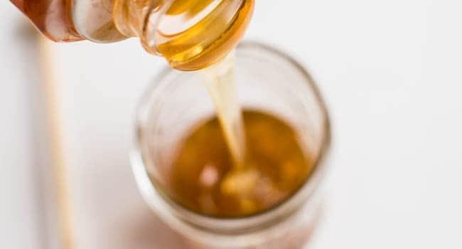 15 Brilliant Beauty Uses for Honey