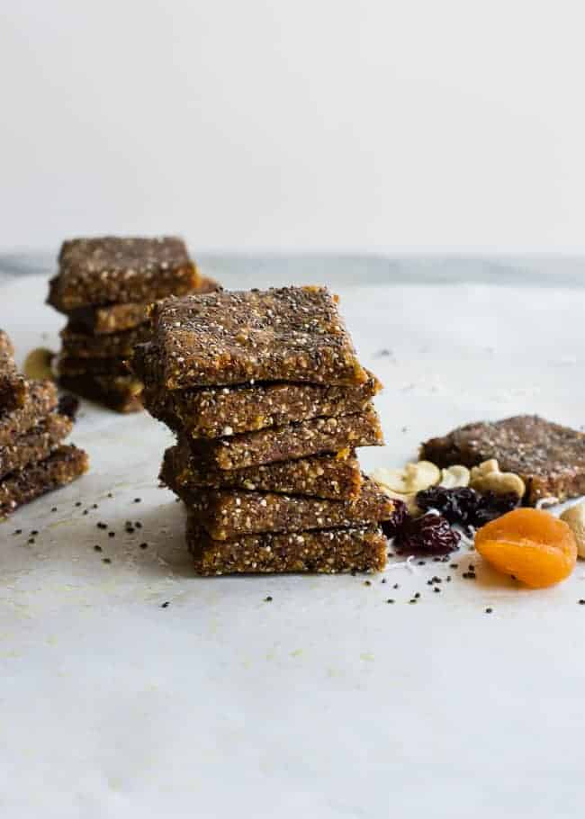 Coconut Chia Energy Bars | HelloGlow.co