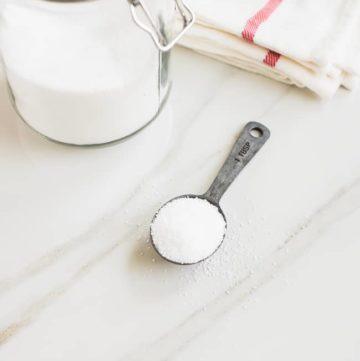 2-Ingredient DIY Fabric Softener Crystals | HelloGlow.co