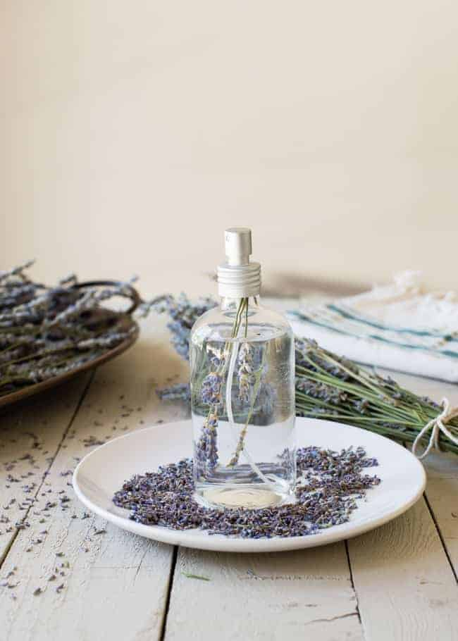 how to dry lavender diy lavender linen spray hello glow. Black Bedroom Furniture Sets. Home Design Ideas