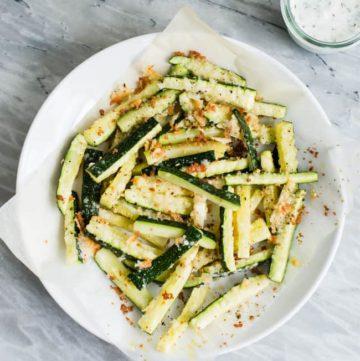 Baked Parmesan Zucchini Fries | Zucchini 3 Ways | HelloGlow.co