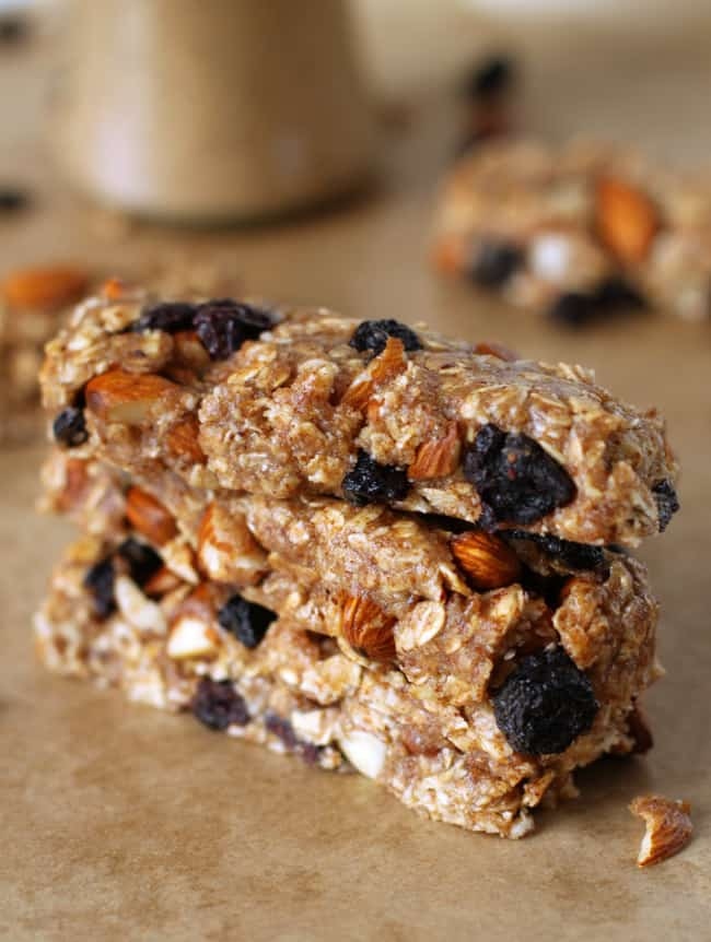 Gluten free no bake almond blueberry granola bars