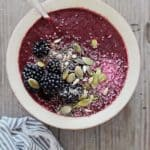 Vegan Blackberry Coconut Smoothie Bowl | HelloNatural.co