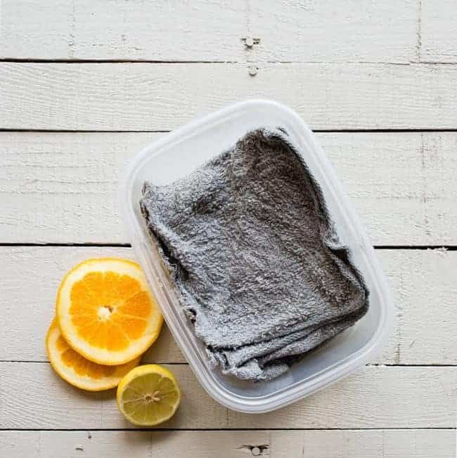The Simplest Way To Make Your Own Reusable Dryer Sheets