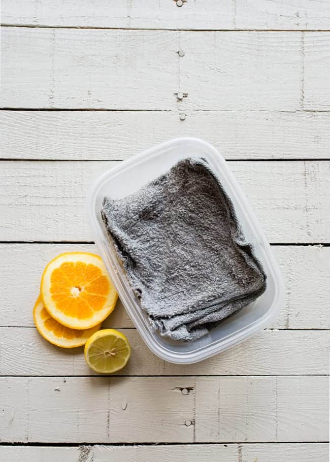 DIY Reusable Dryer Sheets | HelloNatural.co