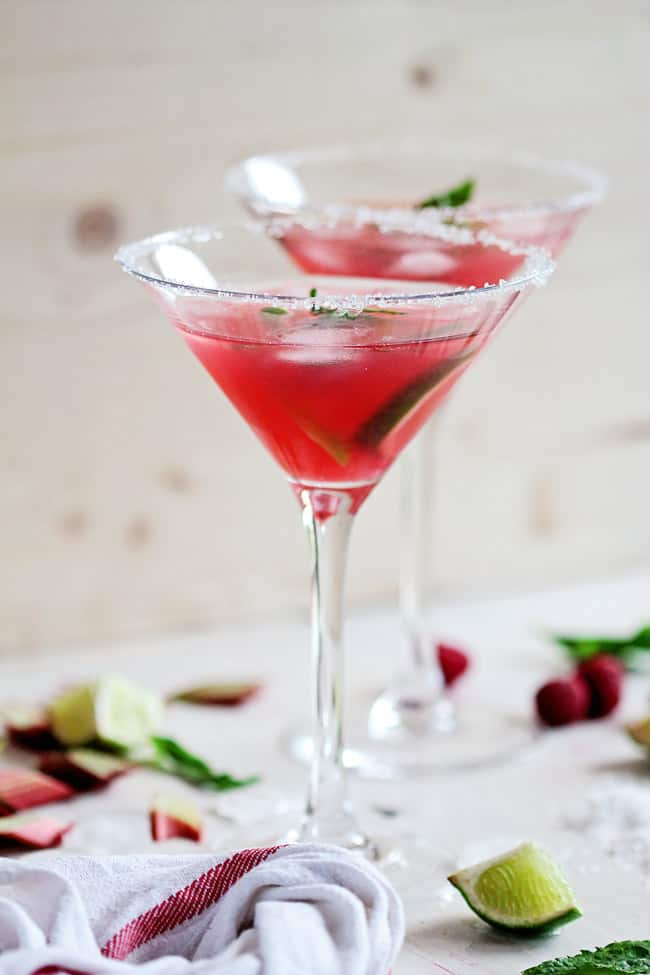 Raspberry Rhubarb Margarita | HelloGlow.co