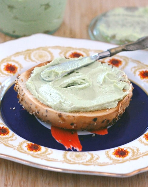 Avocado Cashew Cream Cheese