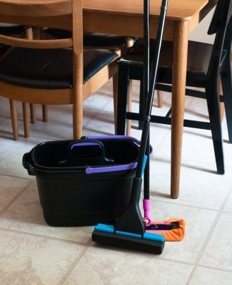 All-Natural Floor Cleaner Recipe | HelloNatural.co