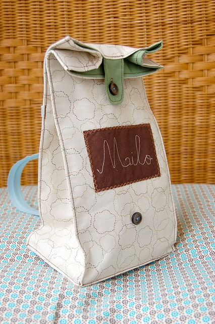 Zipper Strap Lunch Bag