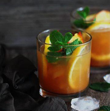 Green Tea and Peach Julep Recipe | HelloGlow.co
