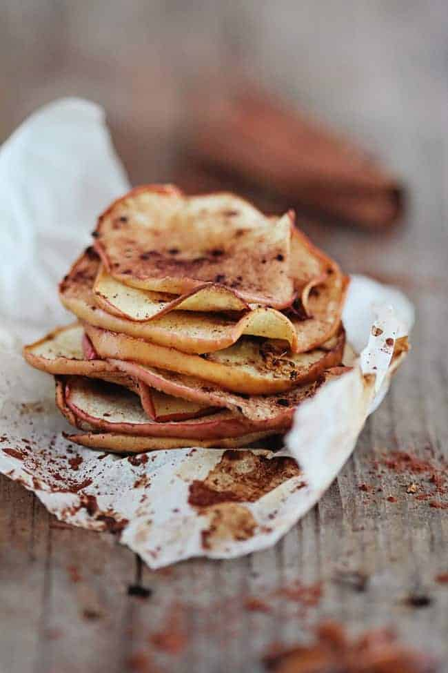 Baked Apple Chips with Cinnamon and Ginger | 30 Healthy Chip Recipes
