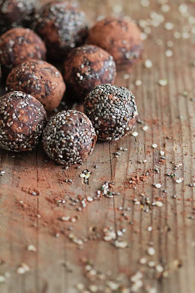 Chocolate Chia Protein Balls Recipe | HelloGlow.co