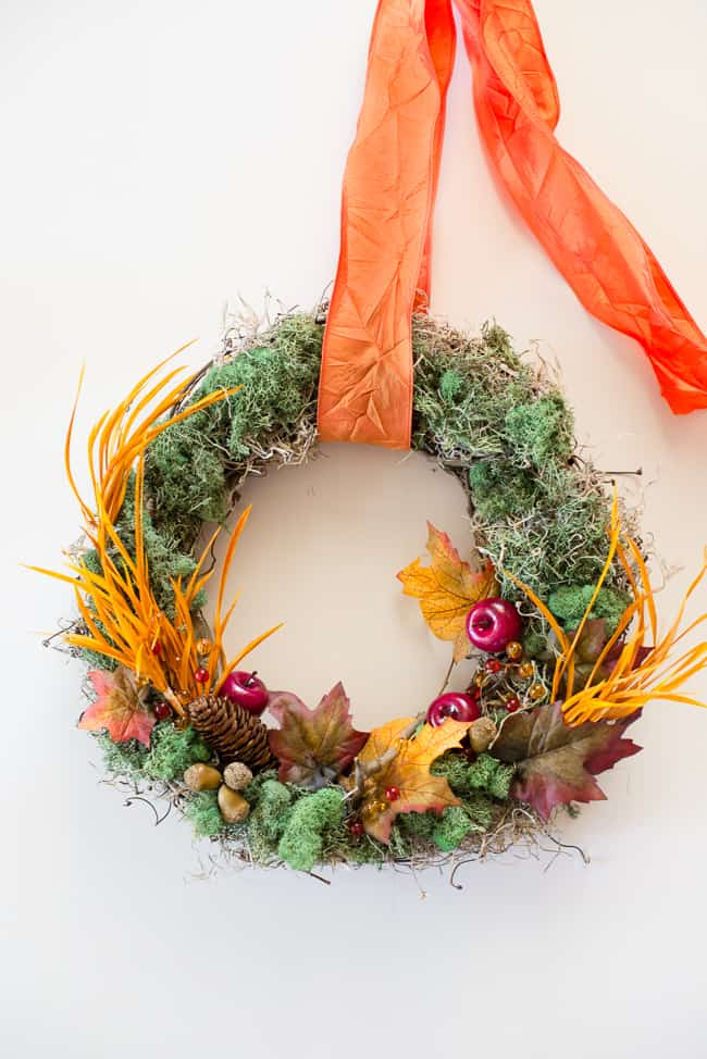 DIY Thanksgiving Wreath | HelloGlow.co