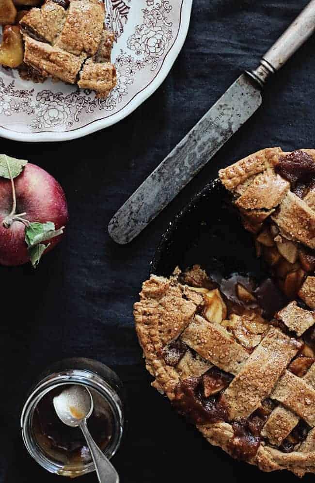 Gluten-Free Apple PIe recipe   HelloNatural.co