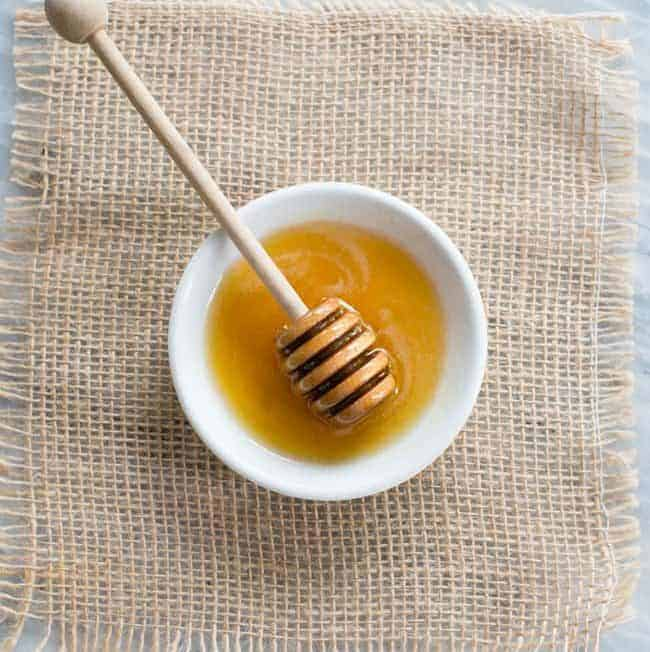7 Ways to Incorporate Honey Into Your Beauty Routine
