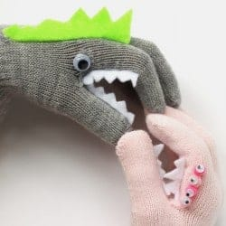 DIY: Monster Puppet Gloves