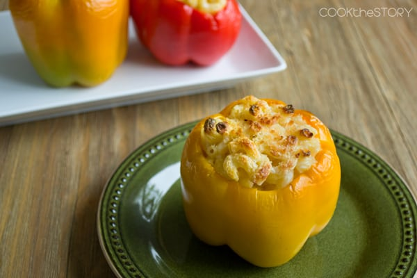 Mac & Cheese Stuffed Peppers