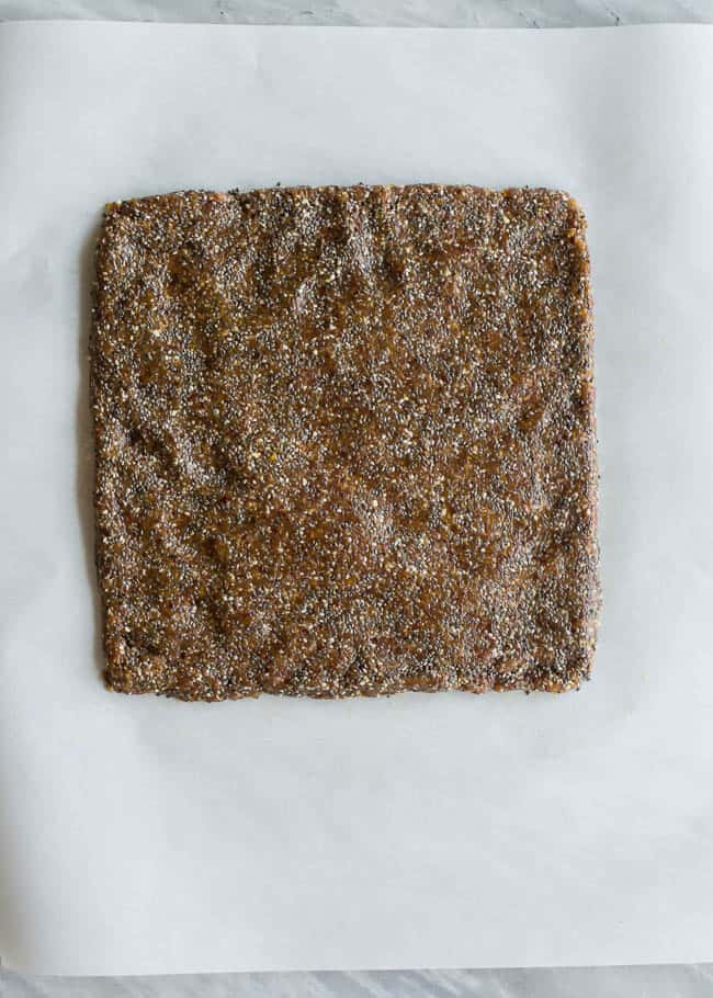 Cashew Chia Energy Bars | HelloGlow.co