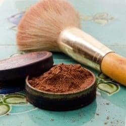 7 Natural + Homemade Makeup Switches