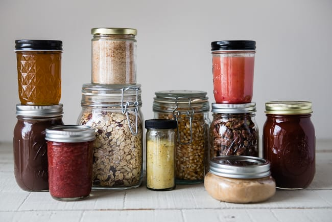 10 Easy Food Gifts in a Jar | HelloGlow.co