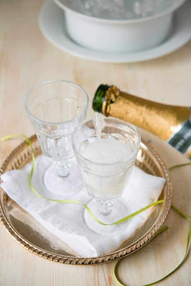 Champagne Hair Rinse   10 1-Ingredient Natural Beauty Tips