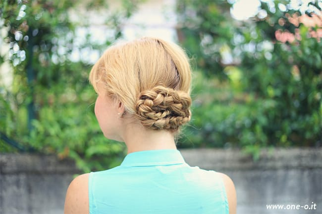 17 Gorgeous 10-Minute Hairstyles | HelloGlow.co