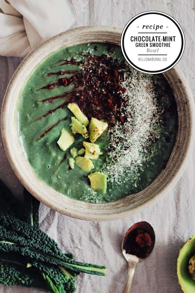 Chocolate-Mint Green Smoothie Bowl