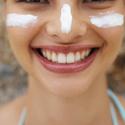 Non-toxic homemade sunscreen