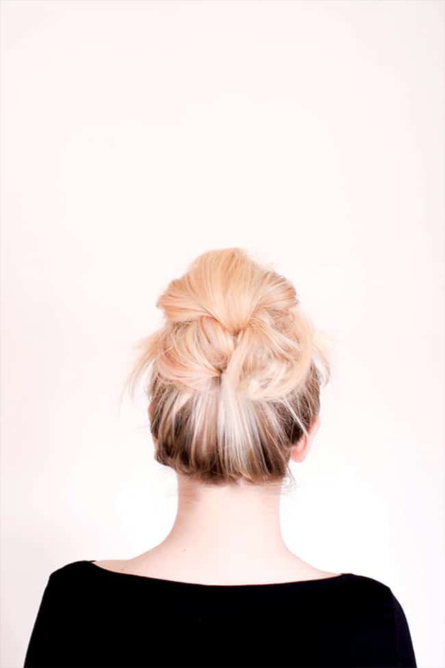DIY messy bun for long hair by Sitting in Our Tree | 12 Bun Tutorials