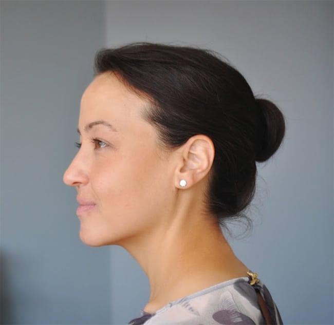 Shoulder length hair tutorial by Ducklings in a Row   12 Bun Tutorials