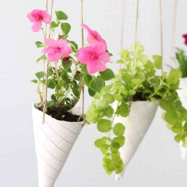 DIY: Ice Cream Cone Hanging Planters