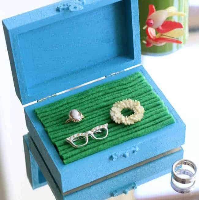 DIY Jewelry Box with Felt Lining