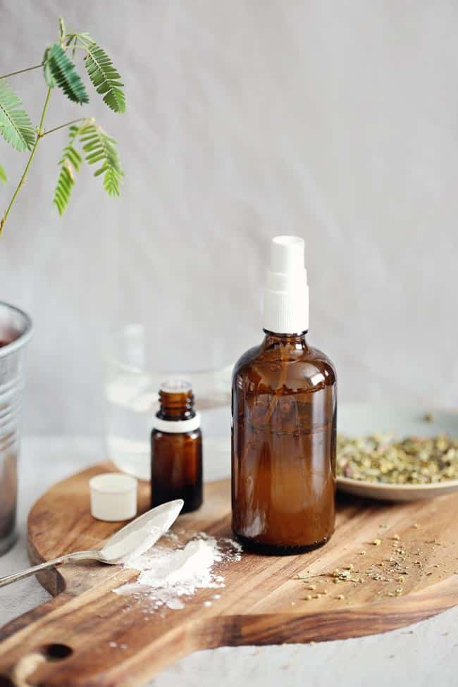 5 Ways To Detox Your Hair with DIY Shampoo
