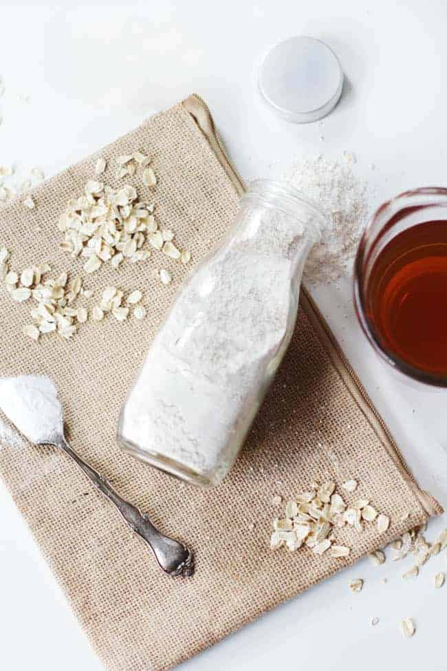 Oatmeal Bath | 3 Natural Ways to Soothe A Sunburn