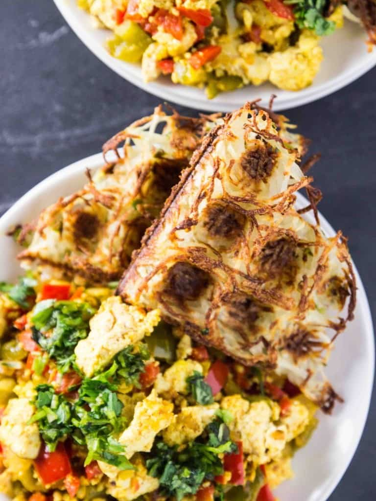 Tofu scramble with hash browns by Veggie & the Best