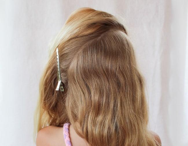Asymmetric Pony Tails   3 Pretty, Easy Back to School Hairstyles