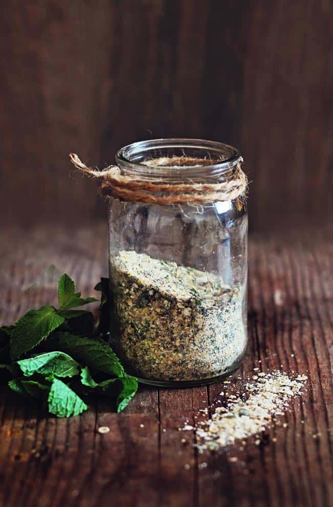 Exfoliating Mint Body Scrub | Health Benefits of Mint Inside + Out