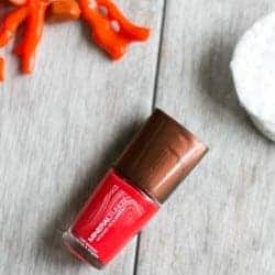 10 Best Non-Toxic Nail Polishes