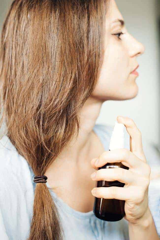 9 Natural Treatments for Dandruff