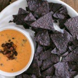 5-Ingredient Vegan Mexican Cheese Dip