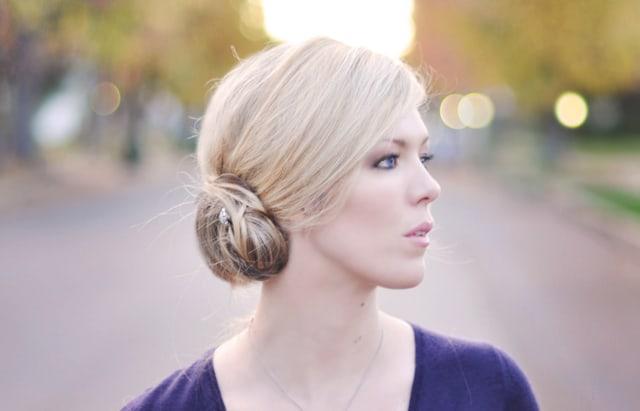 Pretty low side bun hair tutorial - ...love Meagan