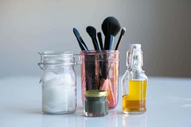 15 Beauty Gifts in a Jar