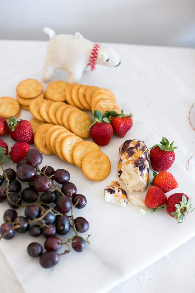 5 Tips for Hosting a Holiday Craft Party