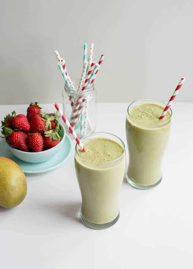 Swiss Chard, Mango & Strawberry Beauty Smoothie