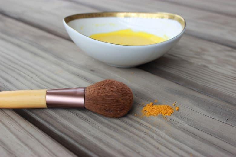 Turmeric face mask   11 Turmeric Beauty Recipes