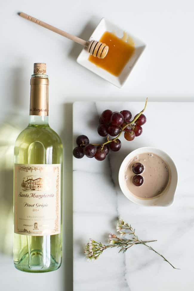 Wrinkle-Smoothing Wine Face Mask