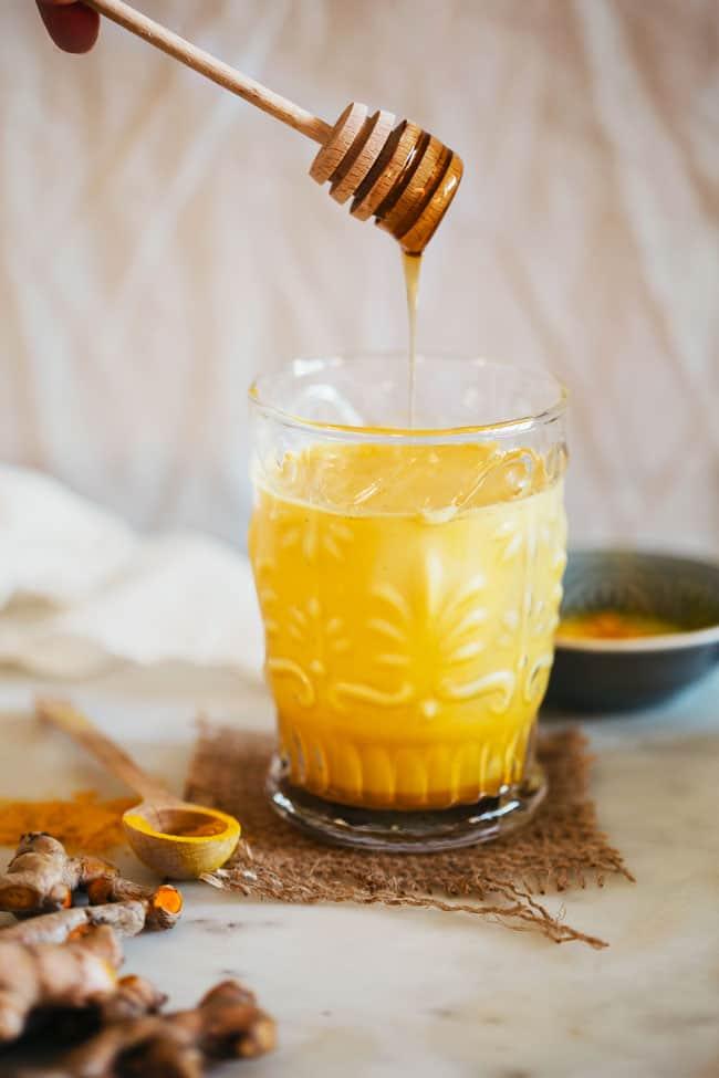 How to Make Golden Turmeric Milk